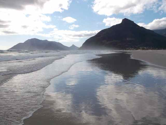 The Cape is surrounded by oceans, mild, variable, but has very dry hot summers