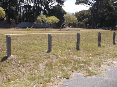 wasted land near the super rich in Constantia