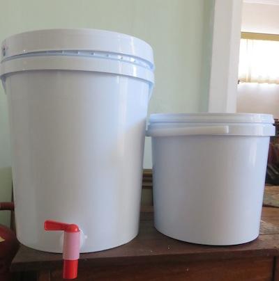 water storage buckets