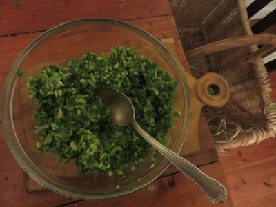 a wildly nutritious and delicious green sambal, 10 minutes max in the making